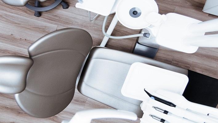 1er curso de ayudante dental